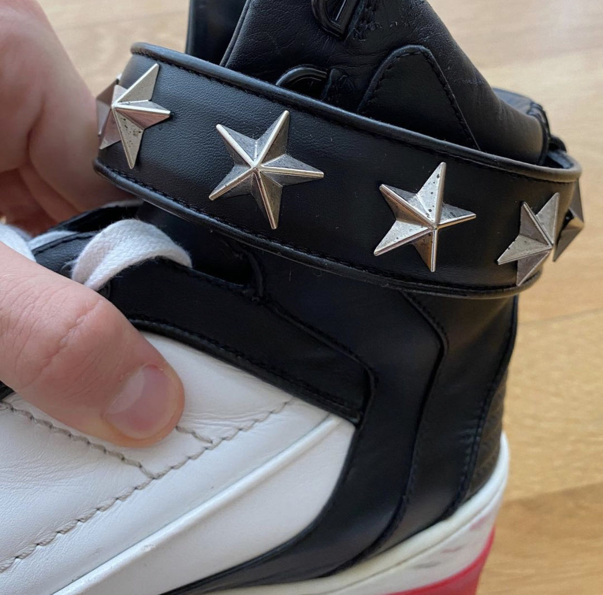 GIVENCHY Sneakers Tyson Men High Top Leather Red White StarsGivenchy1