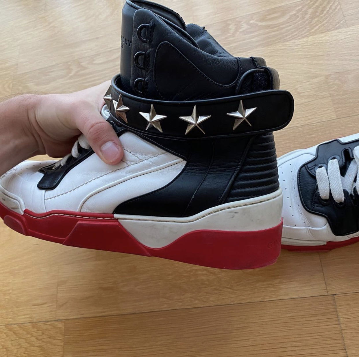 GIVENCHY Sneakers Tyson Men High Top Leather Red White StarsGivenchy2